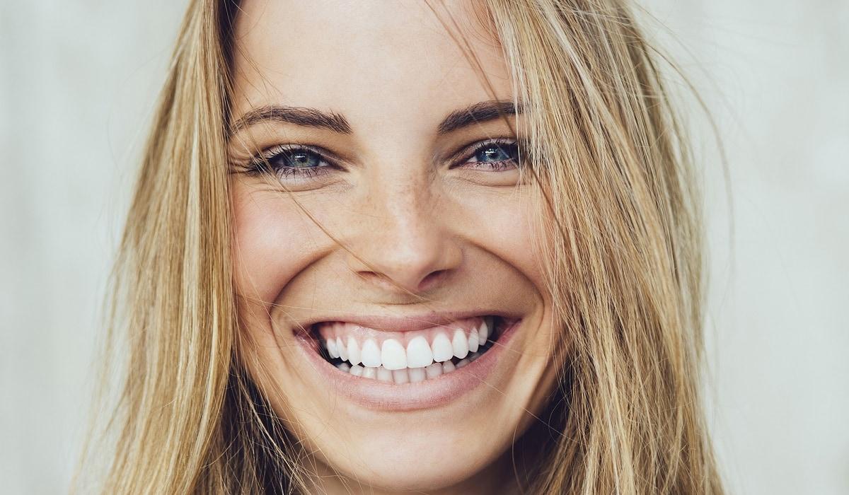 Clinique dentaire : quel est le prix d'un blanchiment dentaire ?